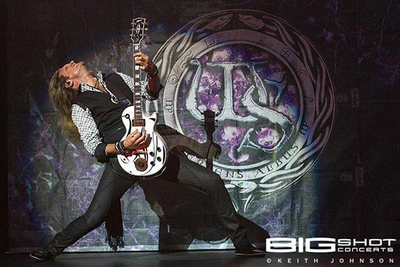 Joel Hoekstra Whitesnake The Purple Tour